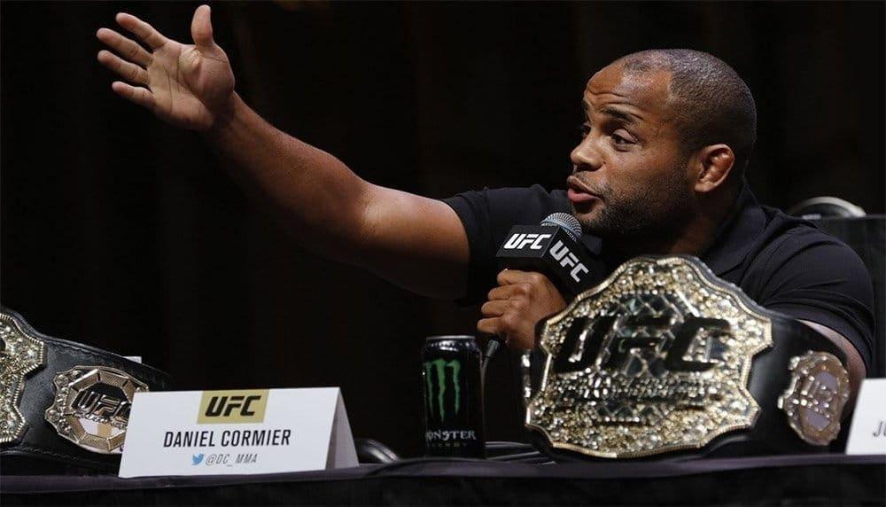 Даниэль Кормье руководству UFC: «Заплатите Деметриусу Джонсону миллион долларов»