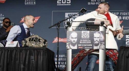Пресс-конференция к UFC 205: опоздание МакГрегора, норковый пиджак и летающие стулья